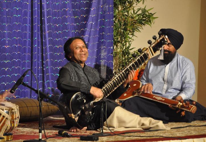 Resize to limit 500 vibrnz shahid parvez concert 2