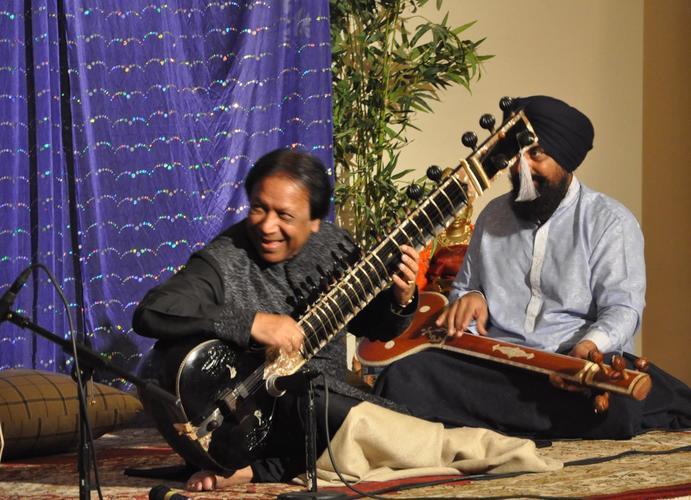 Resize to limit 500 vibrnz shahid parvez concert 4